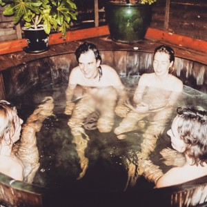 Insta Vintage naked tub